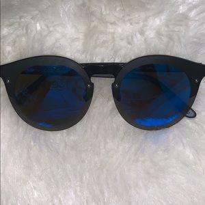 ILLESTEVA PALERMO BLACK/BLUE MIRROR SUNGLASSES